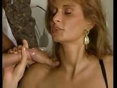 Filmes pornográficos de melões - posição sexual clássica