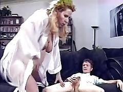 Zwangere porno clips - pornosterren uit de jaren 90