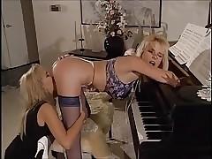 Teenage porn videos - free retro porn
