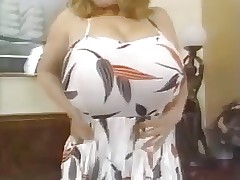 Huge Tits porn tube - retro blowjob tube